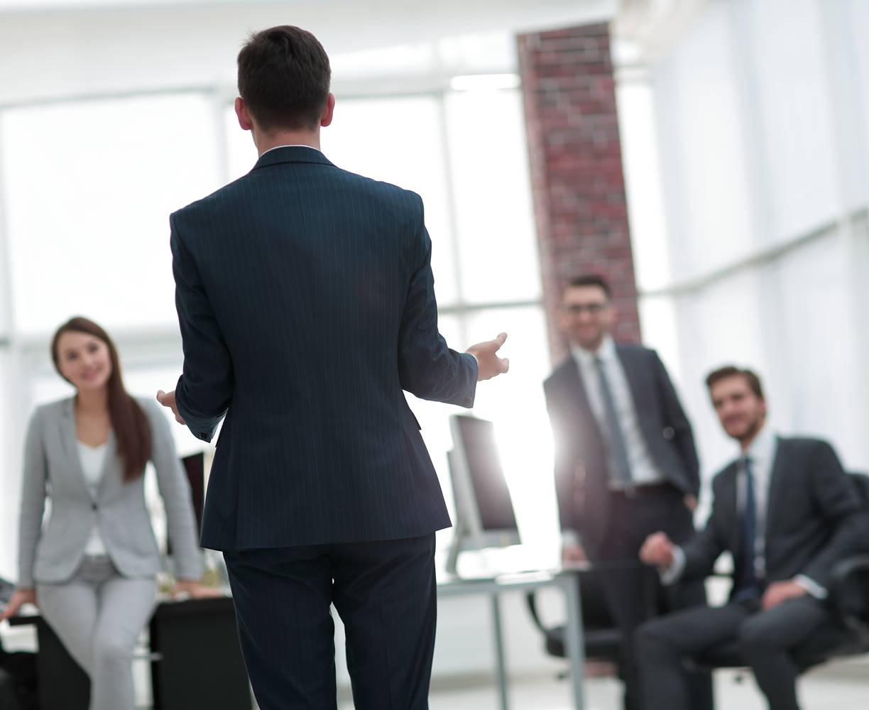 Certified sales leader training employees